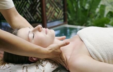 颈部肌肤绝对不能忽视 30+颈部养护方案