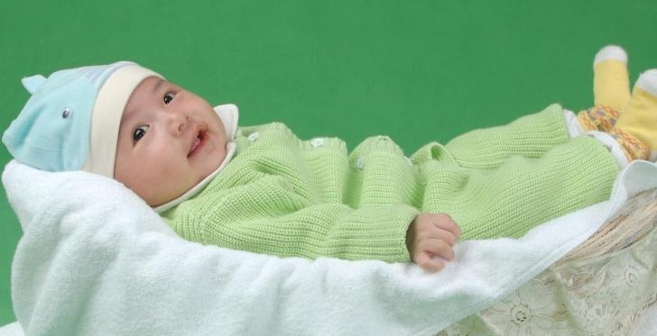 如何判断宝宝听力是否正常?0-1岁观测方法