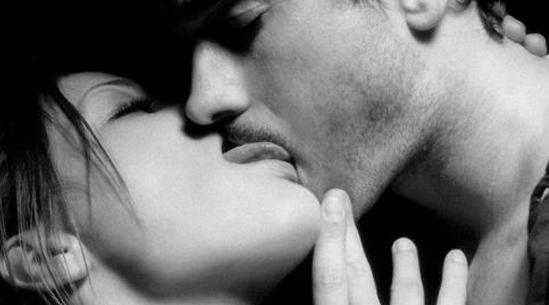 两性普及:揭秘男女接吻间的喜好差异调研