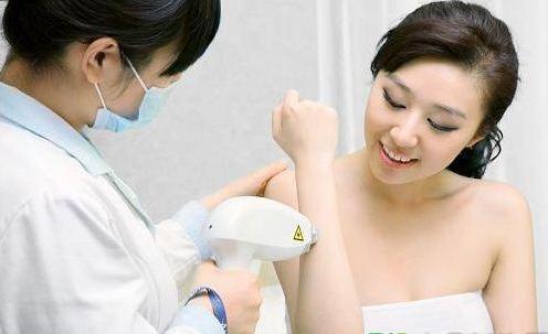 女人体毛多少暗示什么 从体毛看是否健康